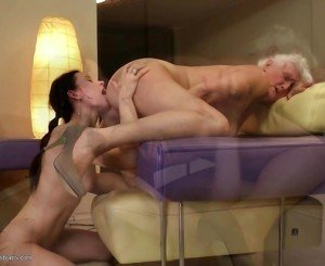 Grannies fuck young lesbian girls