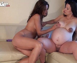 FUN MOVIES Amateur and Pregnant German Lesbians
