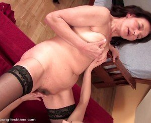 Girl kissing fingering and fucking mature mom