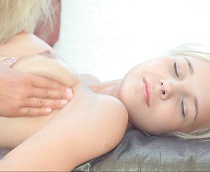 Pussy massage for a Little Princess