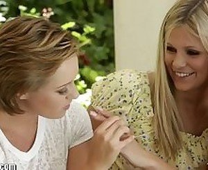MommysGirl Lesbian Mom Helps Teens Find G-Spot