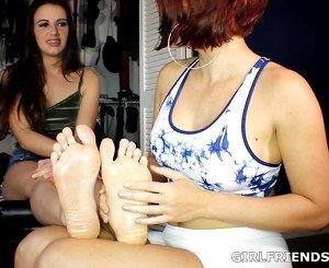 Foot Massage Girlfriends: Beautiful Soles